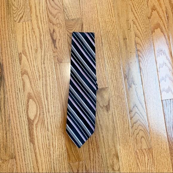 Van Heusen Other - VanHuesen Men's Black and Purple Stripe Tie